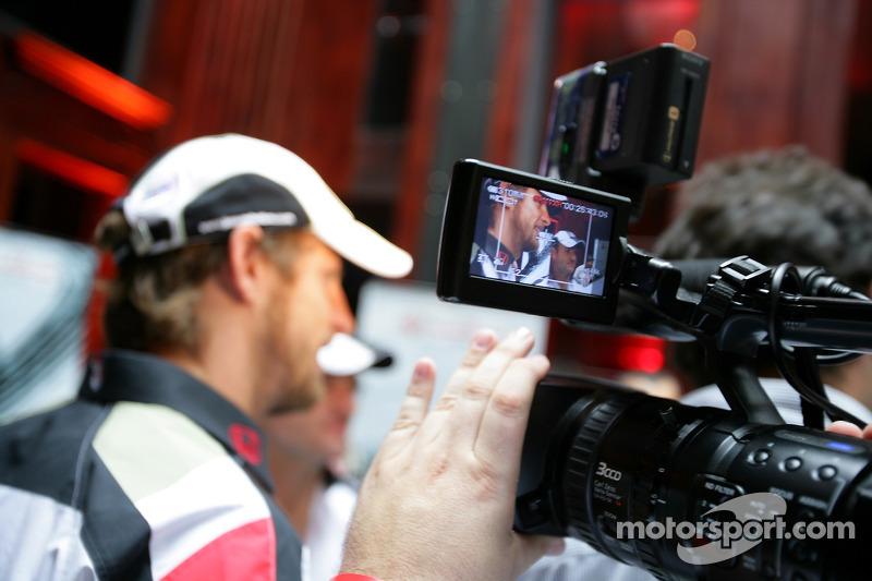 Lucky Strike PR day: TV crews film Jenson Button and Rubens Barrichello