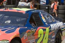 Jeff Gordon leaves the garage