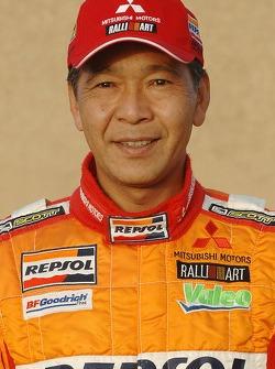 Team Repsol Mitsubishi Ralliart presentation in Paris: Hiroshi Masuoka
