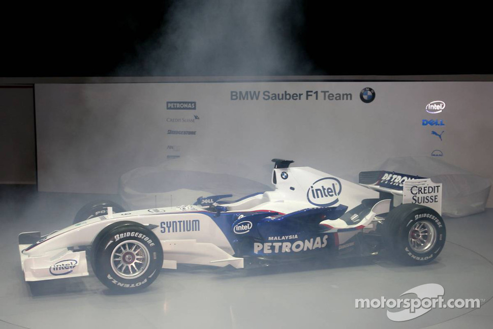The BMW Sauber F1.07 is unveiled