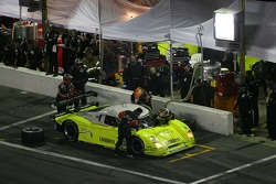 Pitstop for #19 Finlay Motorsports Ford Crawford: Rob Finlay, Michael Valiante, Bobby Labonte, Michael McDowell