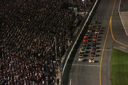 Dale Jarrett and Scott Riggs lead the field to the green flag