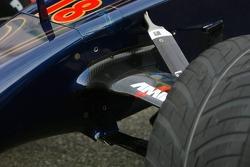 Scuderia Toro Rosso STR02 suspension detail