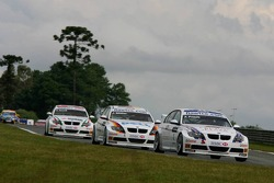 Andy Priaulx, BMW Team UK, BMW 320si WTCC and Jorg Muller, BMW Team Germany, BMW 320si WTCC