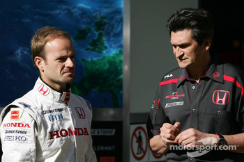 Rubens Barrichello, Honda Racing F1 Team and Jacky Eeckelaert, Honda Racing F1 Team, Chief Engineer ñ Advanced Research Programmes