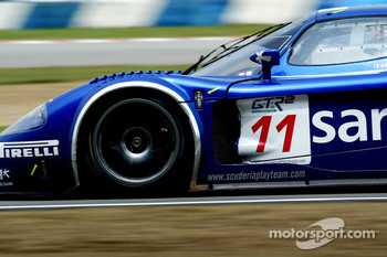 #11 Scuderia Playteam Sarafree Maserati MC 12 GT1: Andrea Bertolini, Andrea Piccini