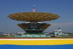Kazuki Nakajima, Test Driver, Williams F1 Team, FW29, spinning