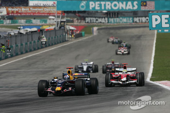 David Coulthard, Red Bull Racing, RB3 and Ralf Schumacher, Toyota Racing, TF107