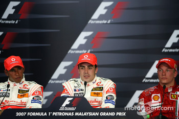 Press conference: race winner Fernando Alonso with Lewis Hamilton and Kimi Raikkonen