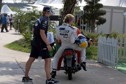 Nico Rosberg, WilliamsF1 Team comes back on a scooter after he stopped on the track with an technical problem