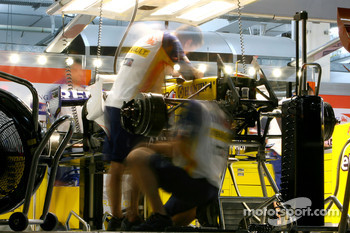 The Renault F1 Team work into the night