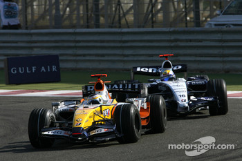Giancarlo Fisichella, Renault F1 Team, R27, Nico Rosberg, WilliamsF1 Team, FW29