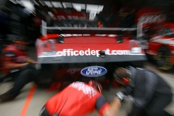 Office Depot Ford crew members at work