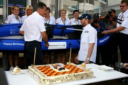 Nick Heidfeld, BMW Sauber F1 Team, celebrates his Birthday with the team and receives a canoe