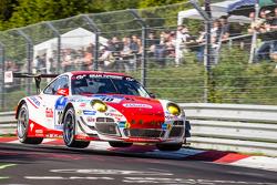 弗里卡德利车队30号保时捷997 GT3 R:克劳斯·阿贝伦、帕特里克·赫斯曼、萨宾·施密茨、帕特里克·皮雷、约格·伯格麦斯特