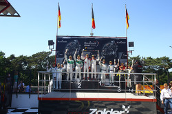 Podium: race winners Robin Frijns, Laurens Vanthoor, second place Marco Seefried, Norbert Siedler, third place Vincent Abril, Maximilian Buhk