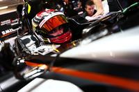 فورمولا 1 صور - باسكال فيرلاين يختبر سيارة فورس إنديا