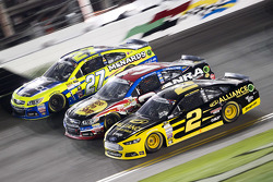 Paul Menard, Richard Childress Racing Chevrolet, Austin Dillon, Richard Childress Racing Chevrolet and Brad Keselowski, Team Penske Ford