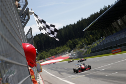 Race winner: Jake Dennis, Prema Powerteam Dallara Mercedes-Benz