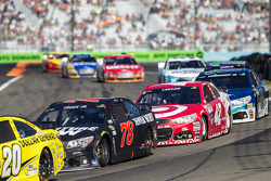 Martin Truex Jr., Furniture Row Racing Chevrolet and Kyle Larson, Chip Ganassi Racing Chevrolet