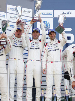 Podium: second place Romain Dumas, Neel Jani, Marc Lieb