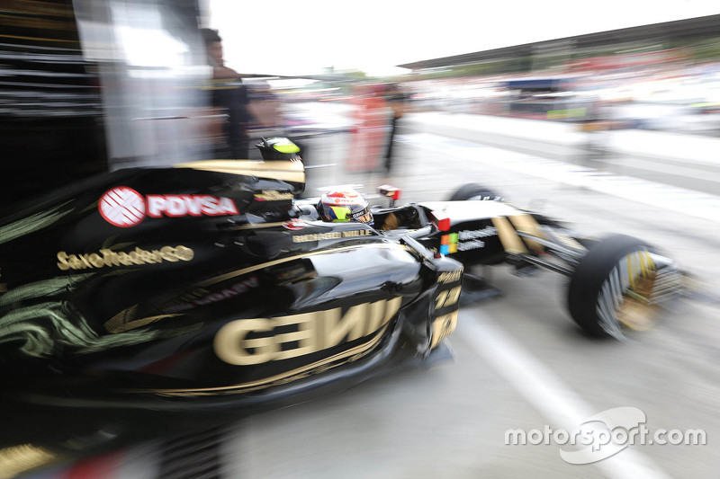 Pastor Maldonado, Lotus F1 E23 deja los pits