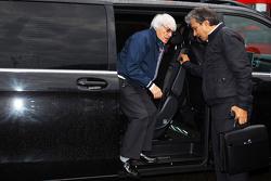 Bernie Ecclestone coom Pasquale Lattuneddu da FOM