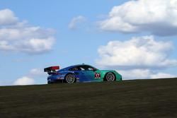 飞劲轮胎车队17号保时捷911 RSR赛车:沃尔夫·亨泽勒、布莱恩·塞勒斯