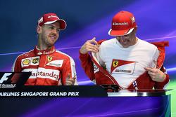 周六排位赛后新闻发布会,杆位得主法拉利车队的塞巴斯蒂安·维特尔以及获得第三的队友基米·莱科宁
