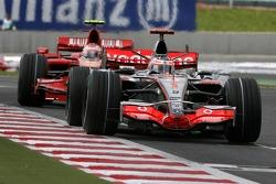 Fernando Alonso, McLaren Mercedes, MP4-22, Kimi Raikkonen, Scuderia Ferrari, F2007
