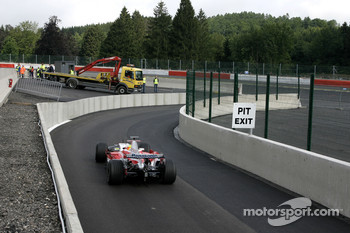 Ralf Schumacher, Toyota Racing, TF107 / New pitlane exit