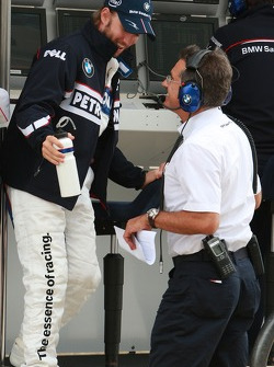 Nick Heidfeld, BMW Sauber F1 Team and Dr. Mario Theissen, BMW Sauber F1 Team, BMW Motorsport Director