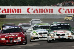 Oliver Tielemans, N Technology, Alfa Romeo 156 and Augusto Farfus, BMW Team Germany, BMW 320si WTCC