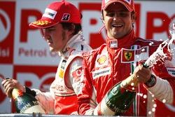 Podium: champagne for Fernando Alonso and Felipe Massa