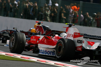 Jarno Trulli, Toyota Racing , David Coulthard, Red Bull Racing