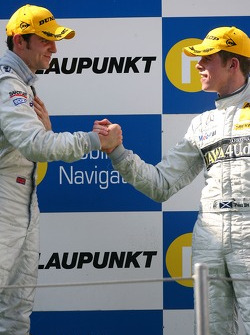 Podium: Jamie Green, Team HWA AMG Mercedes, congratulates Paul di Resta, Persson Motorsport AMG Mercedes