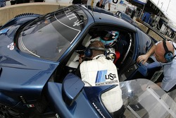 Andrea Bertolini gets back in the car