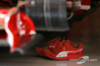 Scuderia Ferrari, shoes