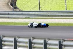 Shinya Nakano bike left on the track