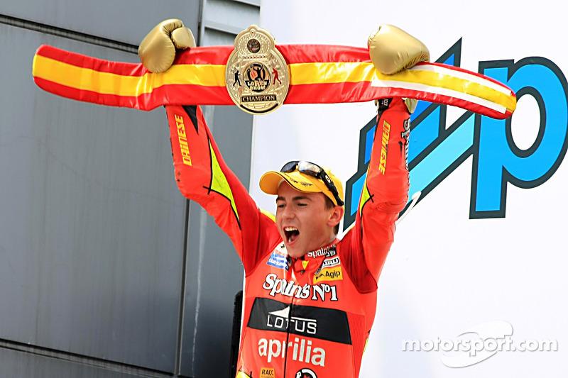 2007: Double 250cc champion