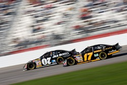 Matt Kenseth battles Clint Bowyer