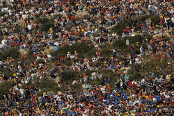 Valencia fans ready for the race