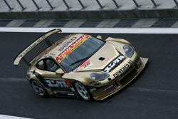 Yunker-power Taisan Porsche: Nobuteru Tanigichi, Dominik Farnbacher
