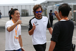 Fernando Alonso, McLaren with fans