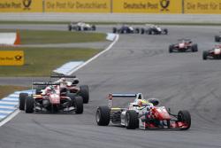 Jake Dennis, Prema Powerteam Dallara Mercedes-Benz y Felix Rosenqvist, Prema Powerteam Dallara Mercedes-Benz
