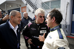 Yannick Dalmas and Jacques Nicolet speak with Pierre Fillon, president of the ACO, after testing the Ligier JS P3 - Nissan
