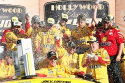 Ganador, Joey Logano, Team Penske Ford