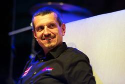 Guenther Steiner, Haas F1 Teambaas op het Fans' Forum