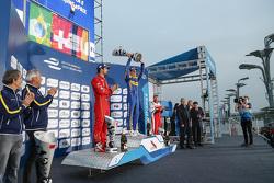 领奖台:冠军塞巴斯蒂安·布耶米,雷诺e-DAMS车队;亚军卢卡斯·迪格拉西,奥迪Abt车队;季军尼克·海菲尔德,马兴德拉车队