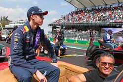 Daniil Kvyat, Red Bull Racing on the drivers parade.